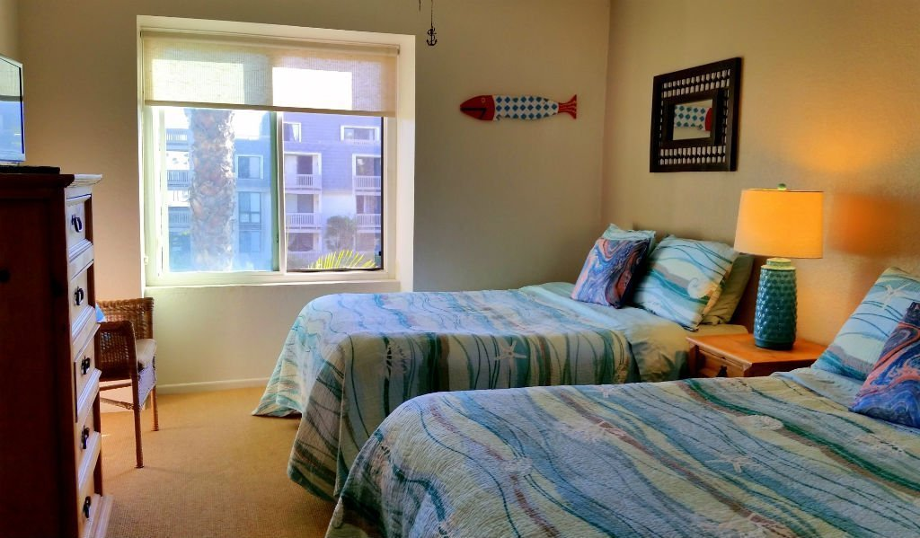 F-310 Guest Bedroom
