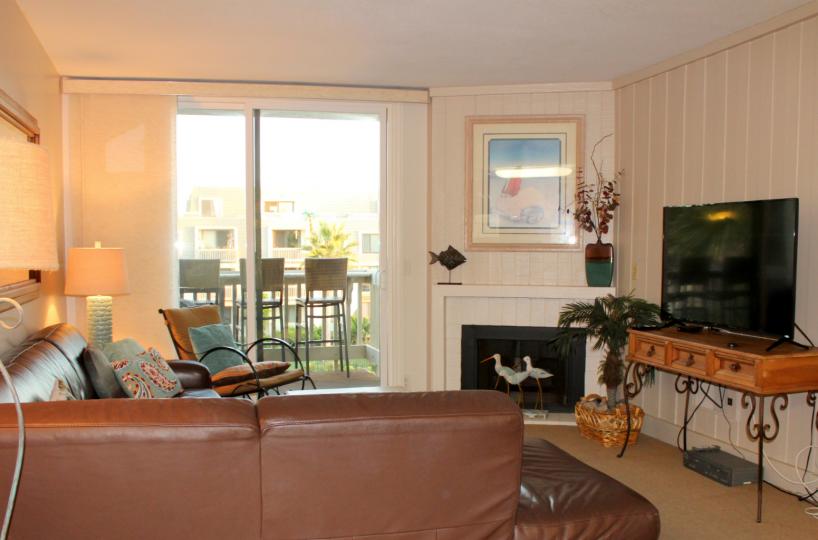 F-310 Living Room